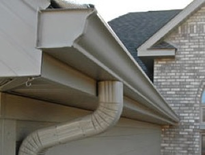 Do Heavy Rains Cause Your Gutters To Overflow The Storm King Continuous Gutter System Is Our Six Inch With 3 4 Downspouts